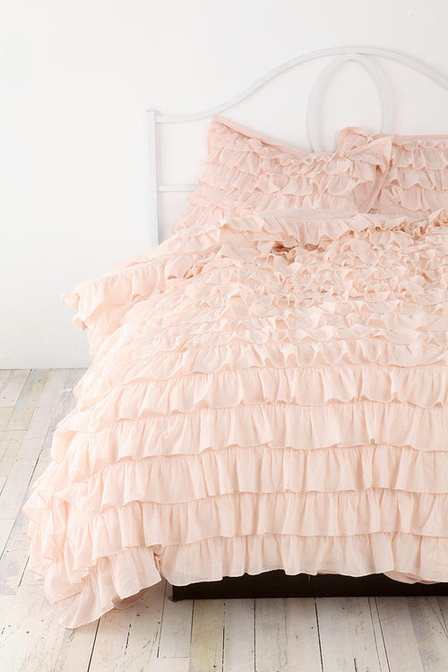 DIY Ruffle Duvet Cover