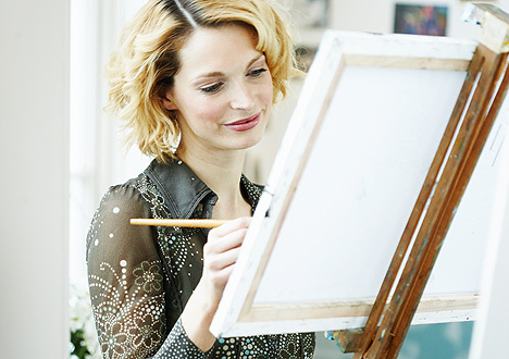 miriam-woman-painting-12-04