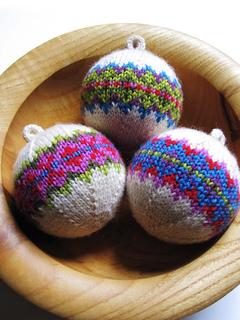 ravelry - christmasballs_2