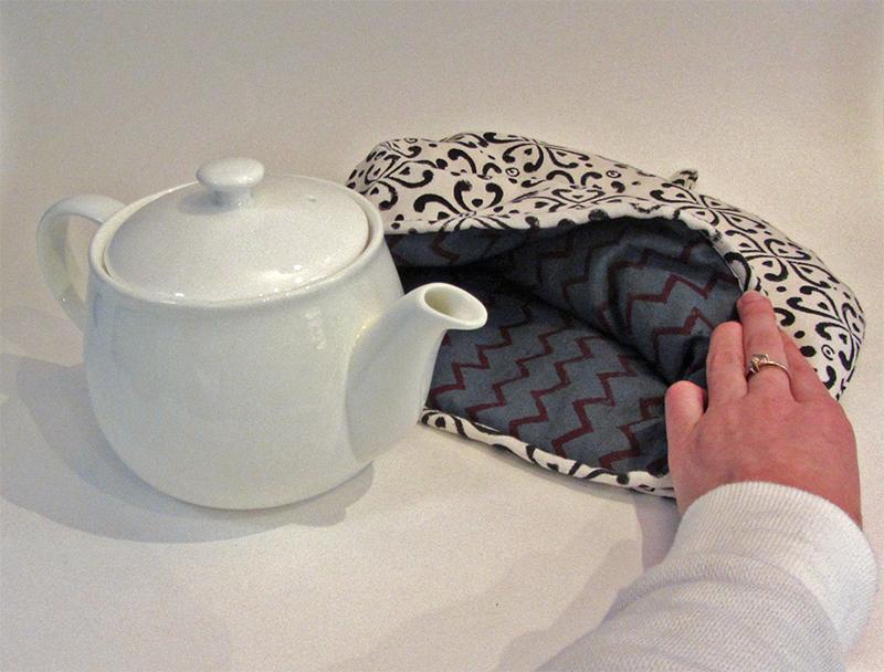 Sew Reversible Teapot Cosy