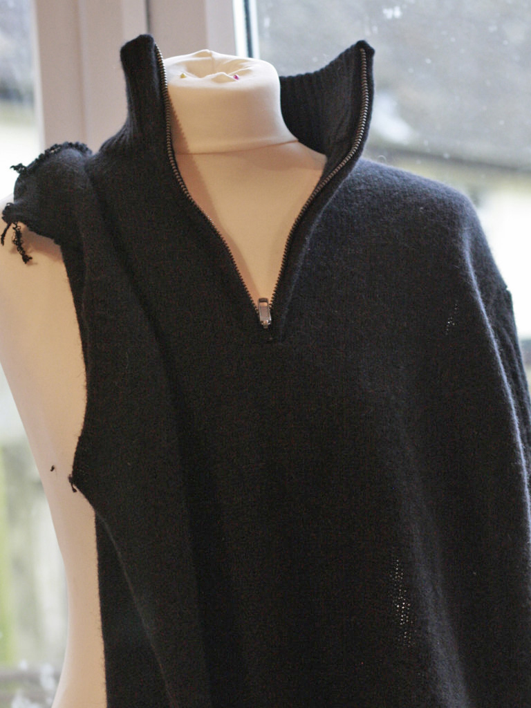 What To Do With Old Sweaters: Re-Knit Your Old Knitwear!