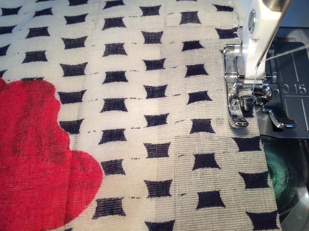 Gordanglobe Sewing Scarf
